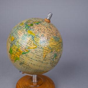 Vanha karttapallo