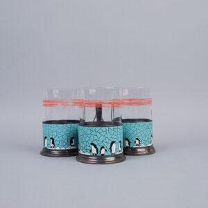 Teelasipidike pingviini